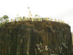 p-1543-Mumbai-Gilbert-Hill