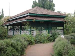 aarey-garden-chota-kashmir-300