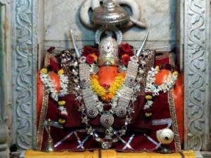 p-2268-Moraya-Gosavi-Chinchvad