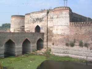 p-2440-Rajasthan-Bharatpur-Lohagad-Iron-Fort