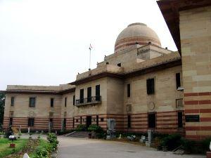 p-2467-Delhi-Modern-Art-Gallery-300