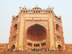 Closer-look-of-Buland-Darwaza