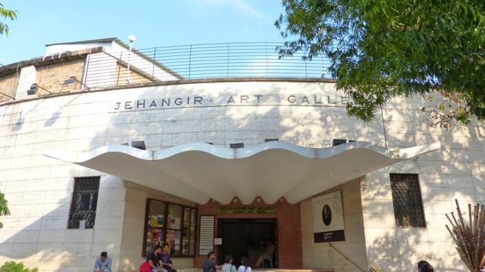 p-2324-jehangir-art-gallery