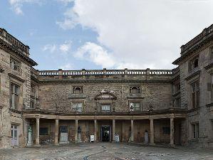 p-3918-Nottingham_Castle_Entrance