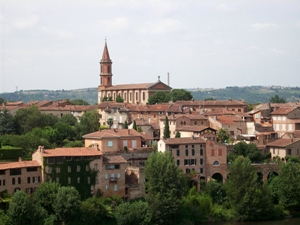 p-3949-Albi buildings and churches