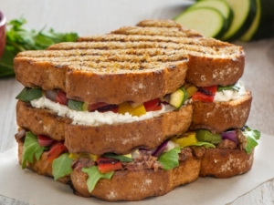 p-1744-Triple Decker Sandwich