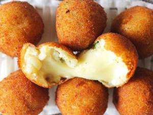 p-2074-cheese-corn-ball