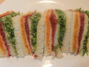 p-2561-rainbow-sandwich