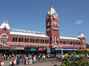 p-1932-Chennai-Station-300