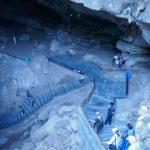 बोरा केव्ह्ज – एक अदभूत निसर्ग निर्मित अचंबित करणारे स्थळ